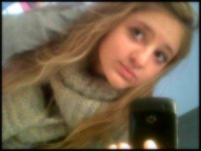 Joanna    13 ans    En couple ♥