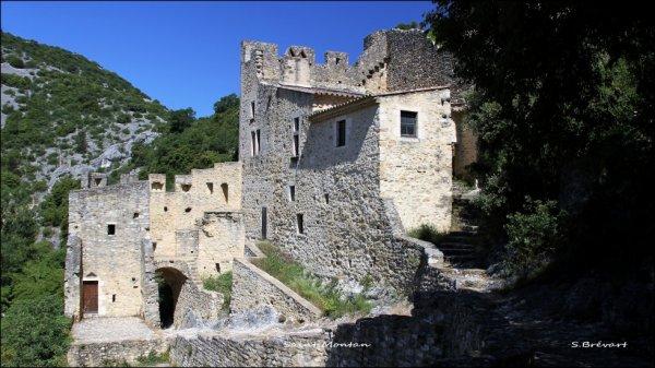 Dernière photo de Saint Montan : Le château .