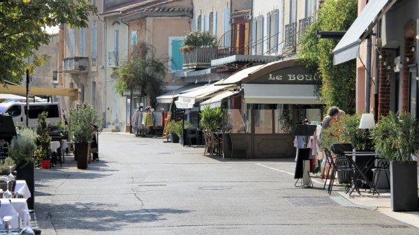 10 rue du quai J.Jaurès  Isle sur la Sorgue (84)...Le bouchon