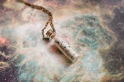 Mon c½ur est aussi silencieux que ce pendentif, comme lui il t'appartient... Twilight