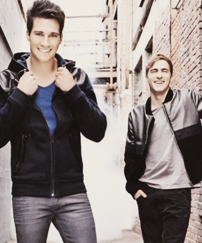 James et Kendall :)