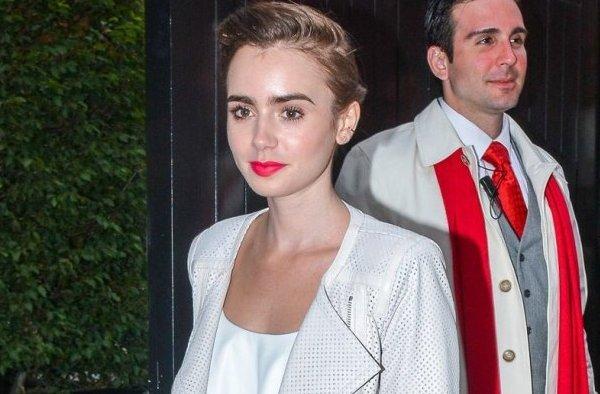 Le 12 Juillet 2014 Lily de sortie au Chiltern Firehouse dans Londres avec une tenue très élégante avec une veste et une chemise blanche te une jupe longue couleurs menthe juste sublime.