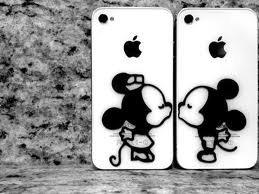 Mickey et Minie, le seul couple qui se restera toujours fidèle. ♥