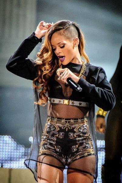 Rihanna Diamonds World Tour