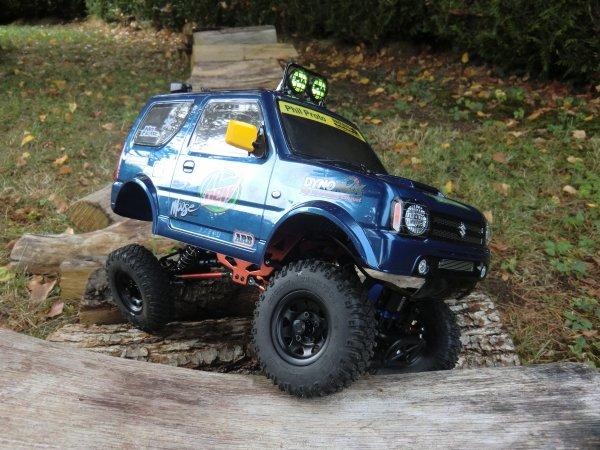 Carrosserie Suzuki Jimny sur châssis de Kulak 1/18 AMEWI