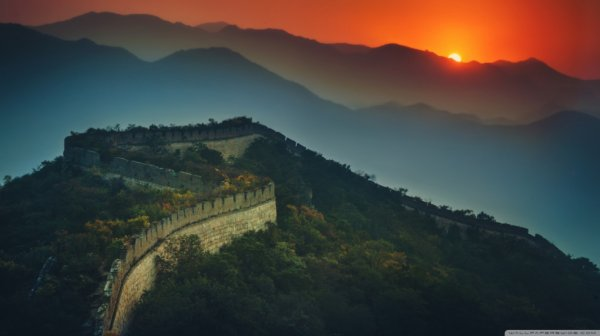 At the infini mural border of china