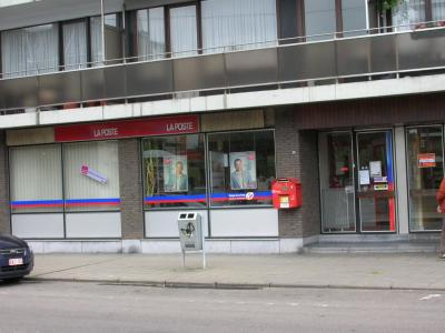 Bureau de poste ouvert