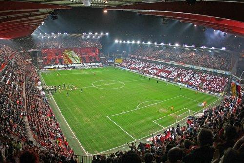 15 jeunes du quartier de Bressoux Droixhe assisteront au match Standard de Liège - Malines