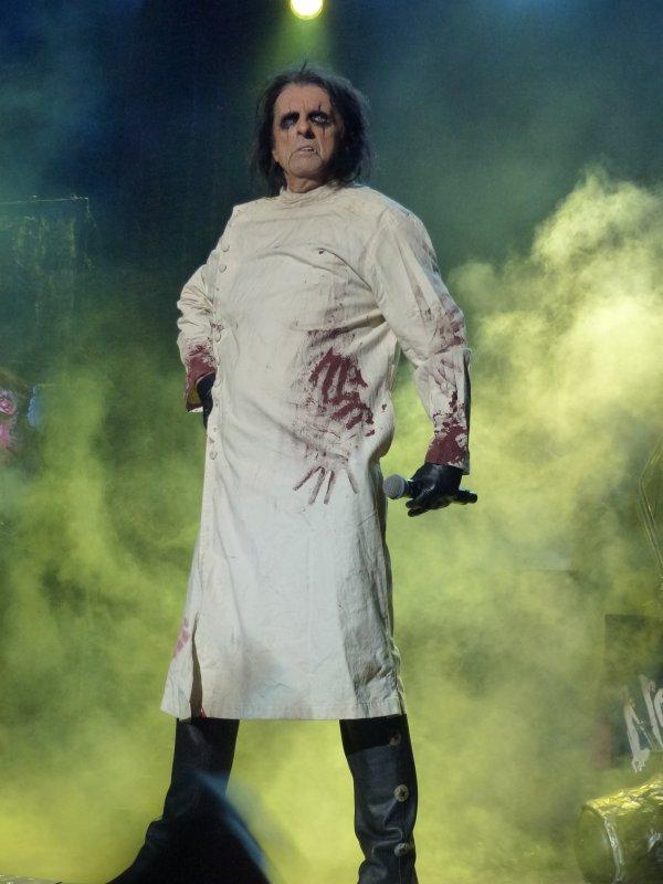 Alice Cooper & Heavenly au théâtre Jean Deschamps (Carcassonne le 2 août 2012)