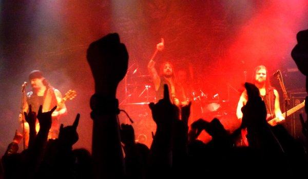 Iced Earth, Warbringer & Elm Street à la Button Factory (Dublin le lundi 13 janvier 2014). Et le Gutted en Irlande...