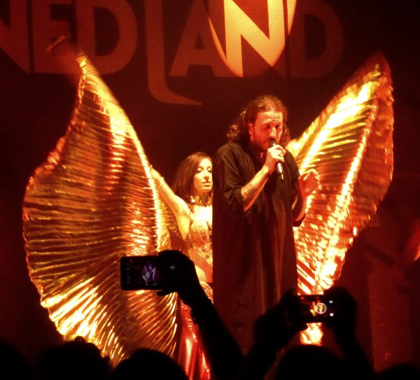 Blind Guardian & Orphaned Land, le mercredi 6 mai 2015 à l'Atlantico de Rome.
