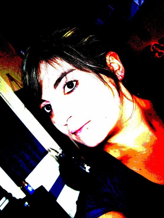 Un Ange Sur Terre?? Tu en pense quoi ??  AméLiiie - 20 ans - St- P.....S-City - Avec toi mon coeur'  Est-ce que je suis réel ou juste l'imagination des personnes qui m'aime ???