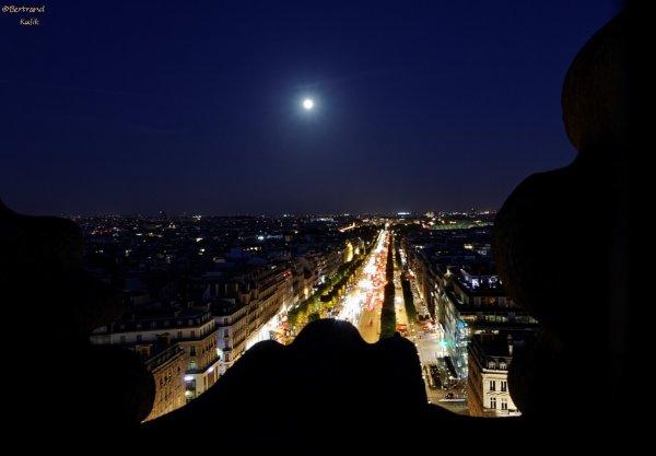 Ciel Parisien depuis l'arc de triomphe