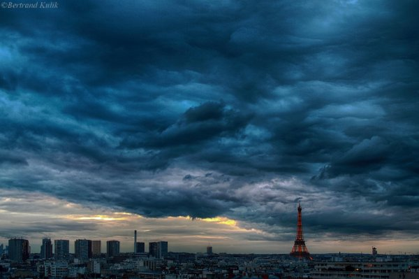 Blue hour, ciel de Paris