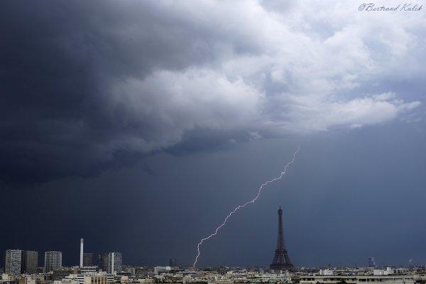 Journée orageuse sur Paris