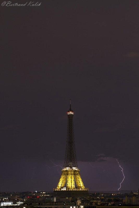 Nuit électrique sur Paris