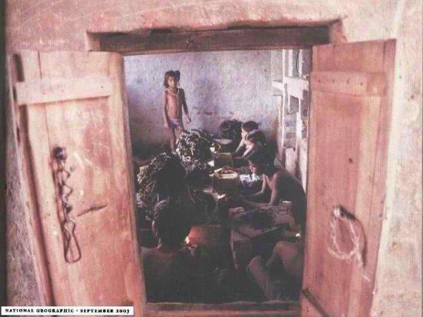 Comit contre l 39 esclavage moderne nul ne sera tenu en esclavage ni en servitude l 39 esclavage - Droit de passage servitude 30 ans ...