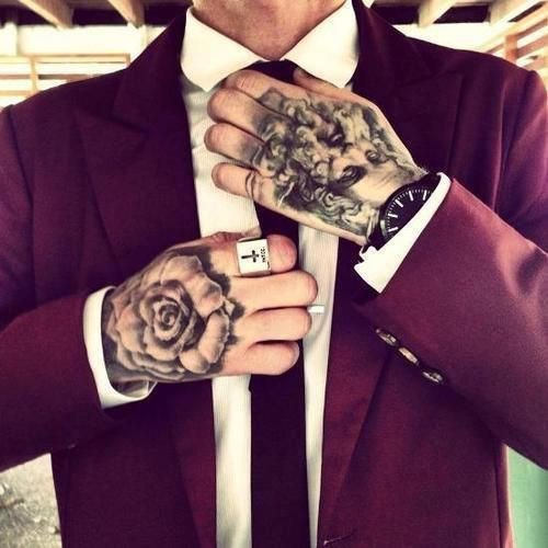 Articles de tattoodream tagg s tatouage main tattoodream - Tatouage rose main homme ...