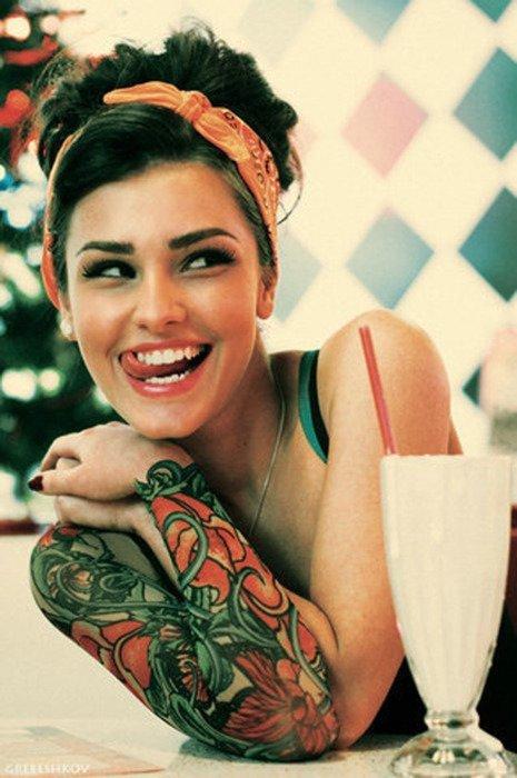 pin up tatoue