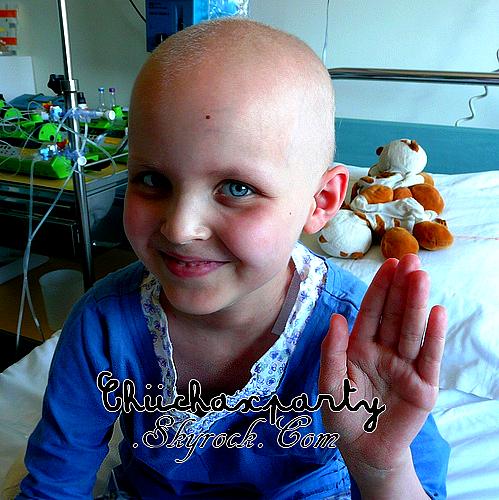 On devrait faire une Barbie sans cheveux, de sorte que chaque petite fille qui combat le cancer se rende compte qu'elle est belle !