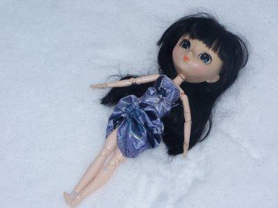 Nouvelles photos d'Ayu dans la neige!