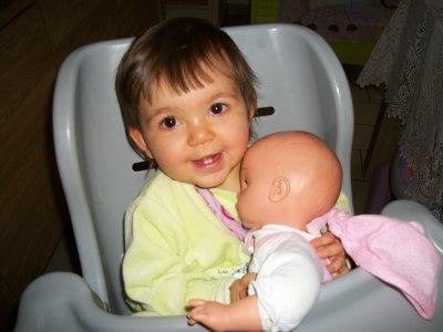 Ma princesse bientot ces 1 ans le 1er novembre!!
