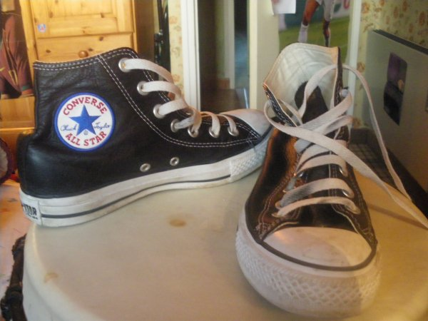 converses all star cuir noir