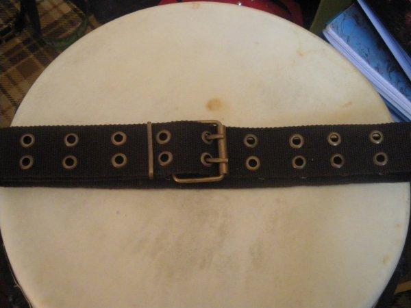 ceinture noire trous