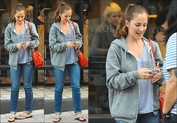 _   07/05 - Minka est allée déjeuné au Cafe Gratitude en compagnie de Mandy Moore à Los Angeles. _