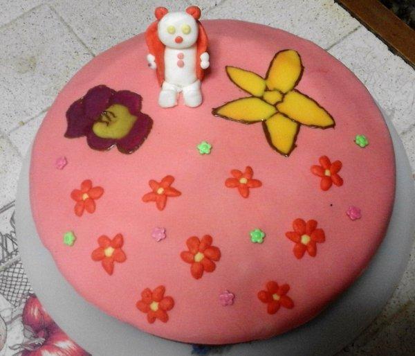 gâteau nature ( violet ) + mousse choco