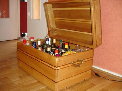 malle bar la passion du bois. Black Bedroom Furniture Sets. Home Design Ideas