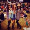 """. Vanessa, le 10 Août dernier au festival """"Outsides Lands"""" à San Francisco avec Austin et Kim Hildago"""
