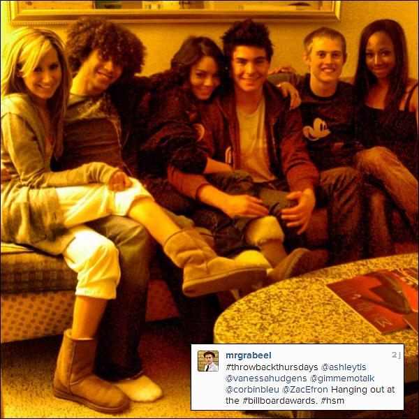 . Nouvelle photo du cast d'High School Musical postée sur instagram par Lucas Grabeel.