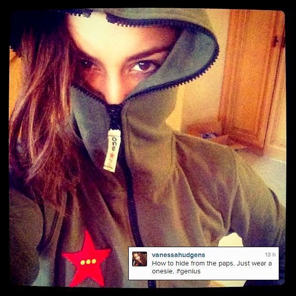 . Vanessa qui quitte une classe de pilates le 07 Avril 2013.