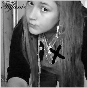 ♥  ♥  Comme tombée sous son charme, Comme ensorceller par son allure... Comme tombée amoureuse...♥ ♥