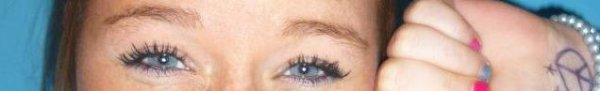 Les yeux brilles quand le coeur pleure.