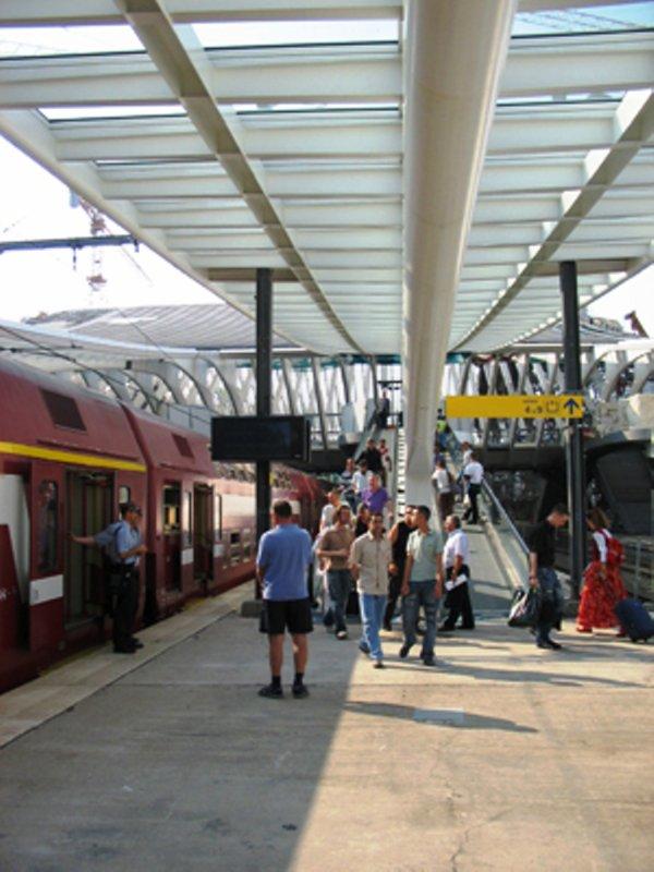 attention peut de train au départ de liege guillemien greve  au depart de cette gare