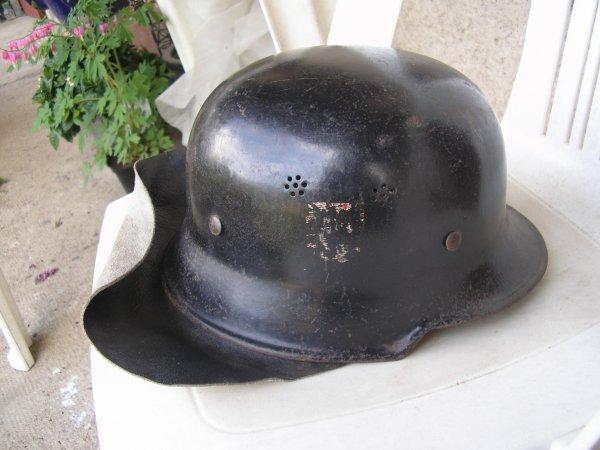 casque M34 de la Feuerpolizei ( pompiers )