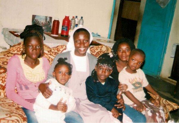 Visite de Soeur Monique Nsuka de la Famille Matumona Rossy