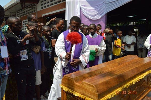 Bénédiction du corps du Révérend père Dominique Simons