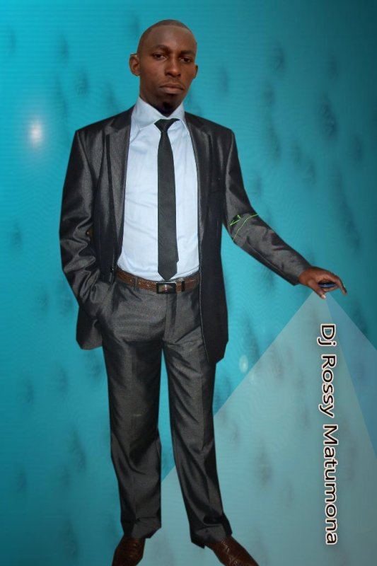 Rossy Matumona, Formation Photoshop, Tuto / Infographie
