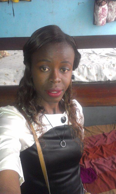Celine Sharumba étudiant de l'Economie à l'Université de Kinshasa en sigle UNIKIN