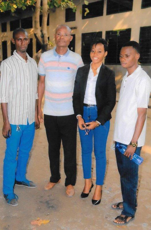 Coach Abdoul et  les travailleurs de Don Bosco à la fête du Père carlos