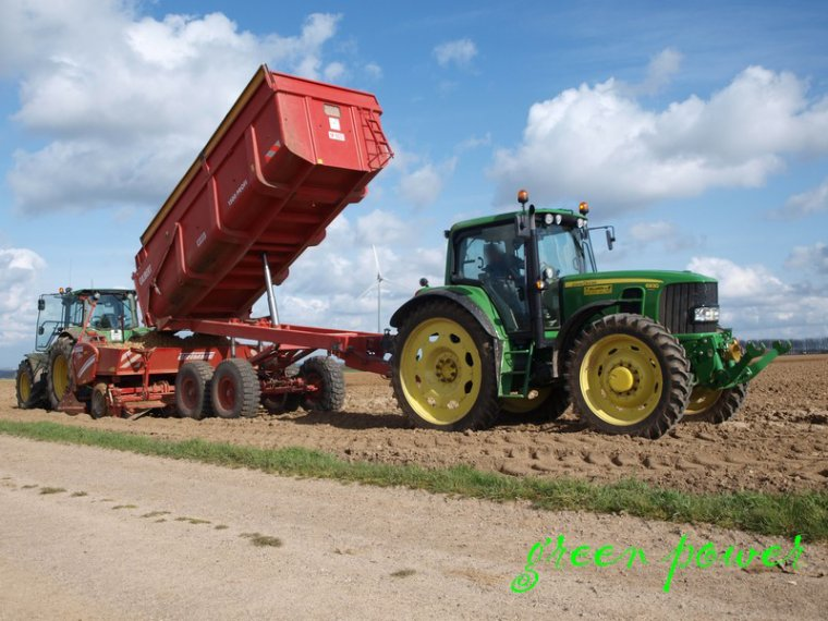plantation de patates 2015 chantier 4