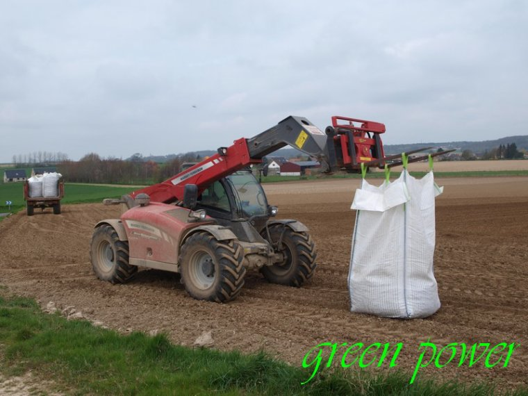 plantation de pomme de terre 2015 chantier 7