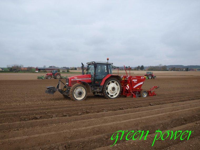 Plantation de pomme de terre 2015 chantier 7 le nord agricole en photos - Periode plantation pomme de terre ...