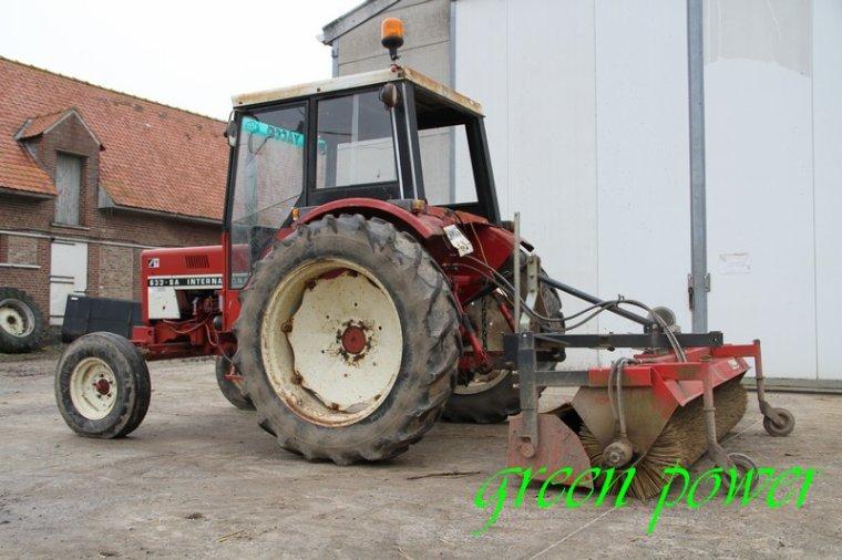 IH 633 SA