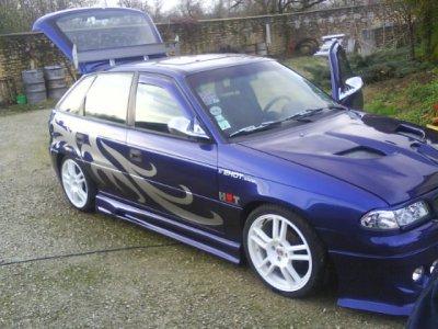 Adort cette voiture =)