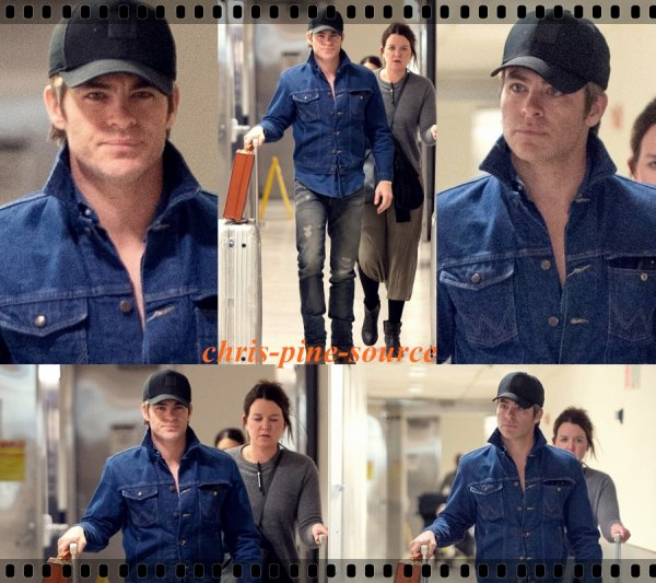 → Chris le 20 Janvier ▬ A l'aéroport JFK de New York ←