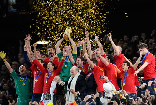 Spain Champion...11 Julio 2010 España Campeona Del Mundo..11 Korrik 2010 Spanja Kampione e Botes..Sot behet 1 vit<3